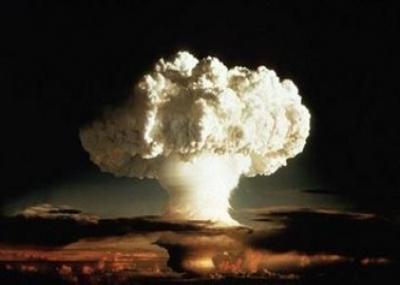 المملكة المتحدة تفجر أول قنبلة هيدروجينية لها