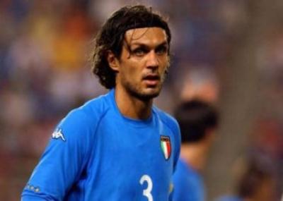 """ولد لاعب كرة القدم الايطالي باولو مالديني """"Paolo Maldini"""""""