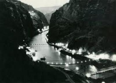 """بداية بناء سد هوفر في الولايات المتحدة """"Hoover Dam"""""""