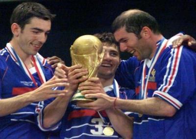 المنتخب الفرنسي يفوز ببطولة كأس العالم 98