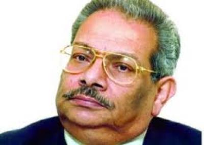 ولد عميد الدراما العربية أسامة أنور عكاشة