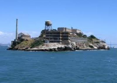 """افتتاح سجن ألكتراز """"Alcatraz"""""""