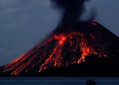 إنفجار بركان كراكاتوا Krakatoa