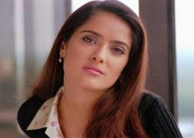 ولدت الممثلة سلمى حايك Salma Hayek