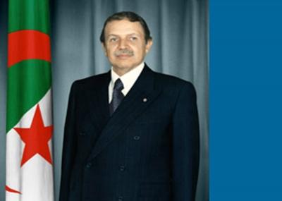 الرئيس الجزائري عبد العزيز بوتفليقة ينجو من تفجير إنتحاري