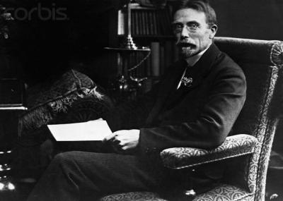 وفاه الطبيب الدنماركي أوغست كروغ August Steenberg Krogh